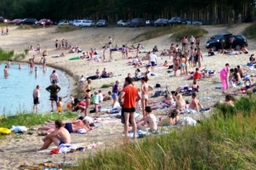 Пляжи в нижнем фото