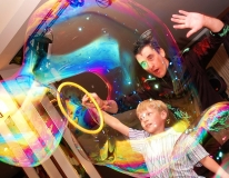 Шоу Мыльных Пузырей (Big Bubble Show)