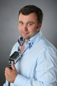 Сарапкин Александр - ведущий, артист театра, певец, конферансье
