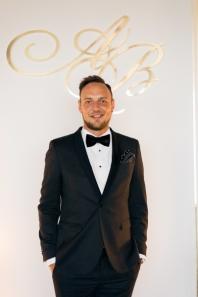 Ведущий Владимир Марков_Два метра позитива на вашем празднике!