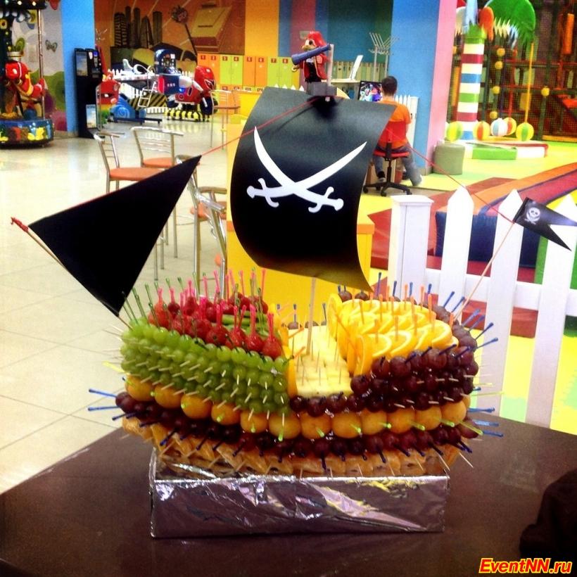 Choco-Time, шоколадные фонтаны, фруктовые композиции, пирамиды из бокалов