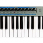 Novation XioSynth 49 ���������� USB MIDI