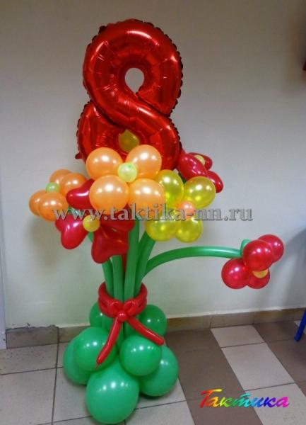 Подарки на 8 марта в творческом агентстве «Тактика»
