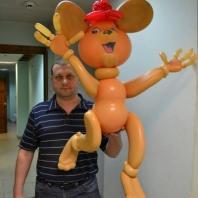 Фаворит-НН - профессиональная команда по оформлению воздушными шарами