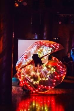 Завораживающее светодиодное шоу , Ayluna Arabic show